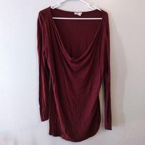Burgundy long sleeve scoop neck shirt